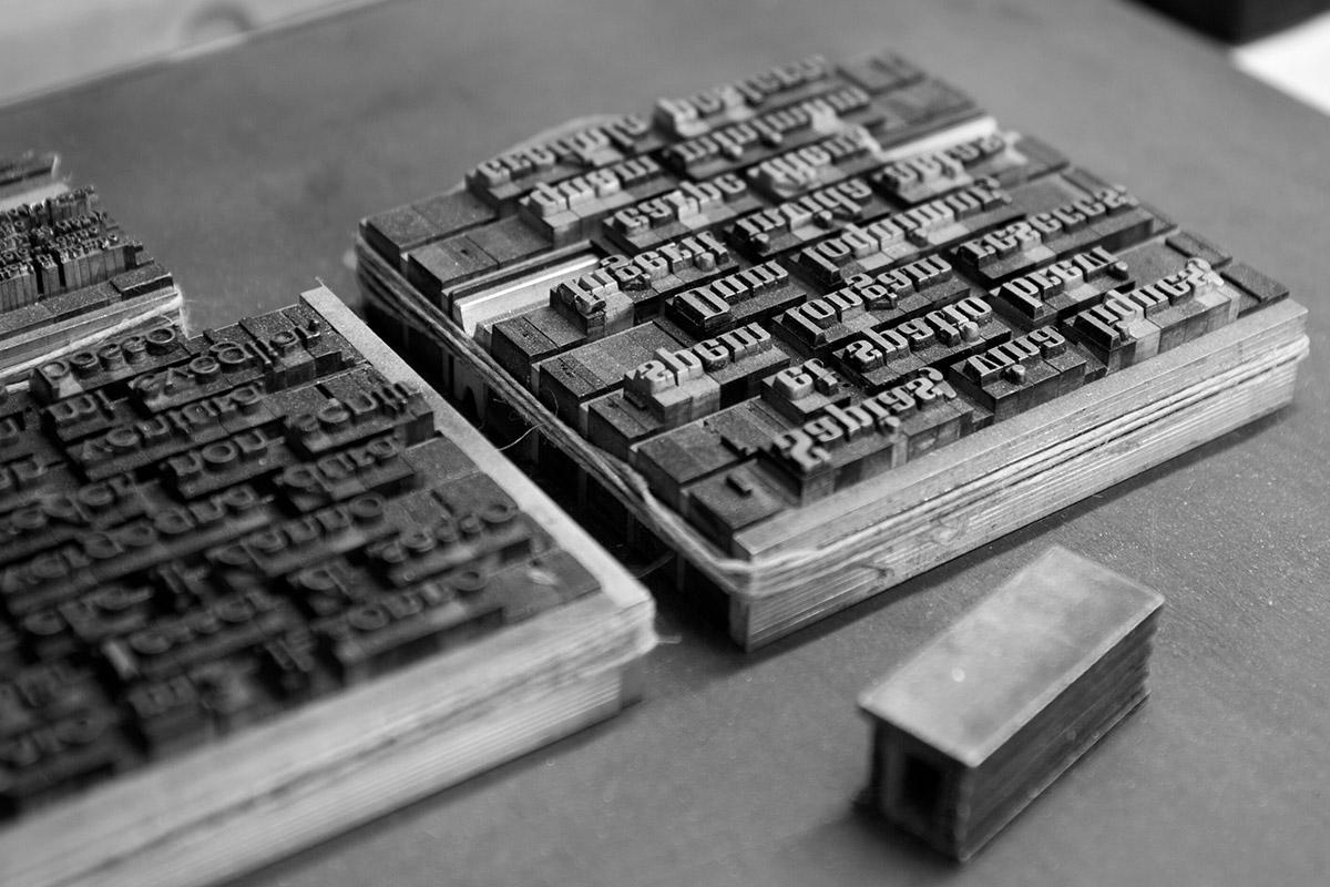Cartotecnica per la produzione di carte pregiate con stampanti tipografiche